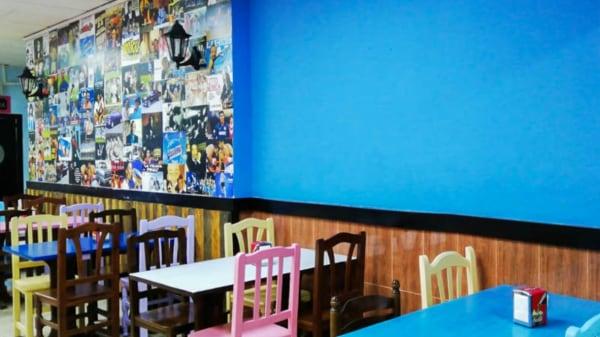 El club de la pizza y la empanada, Badalona