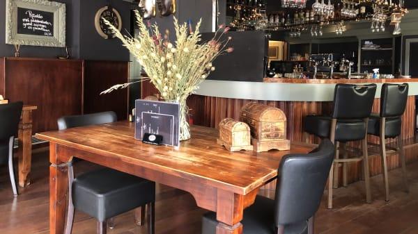 Betty's Cuisine in samenwerking met Luxhoor, Rotterdam