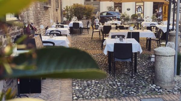 Castiglia, Piacenza