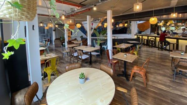 Vertical'Art Rungis - Salle d'escalade - Restaurant et Bar - Cours et Stage d'escalade - Accessible à tous - Vertical'Art - Rungis, Rungis