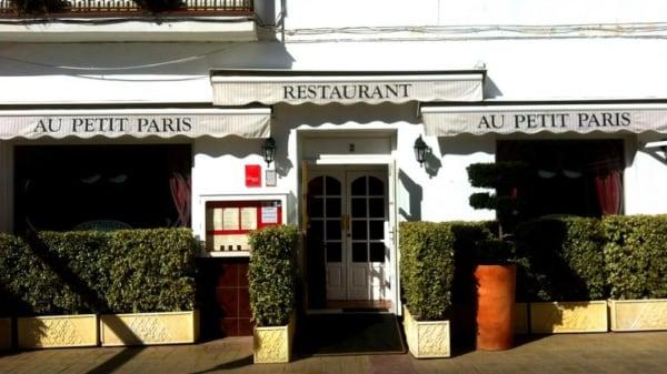 Au Petit París - Au Petit Paris, Nerja