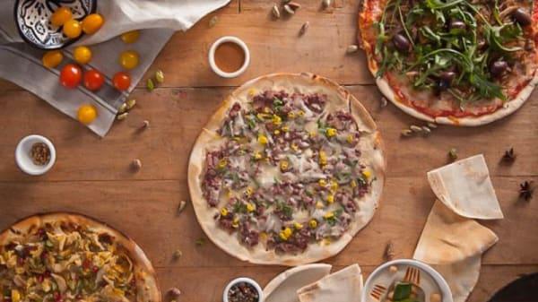 Pizza - Shukran City  - Tres Cantos, Tres Cantos