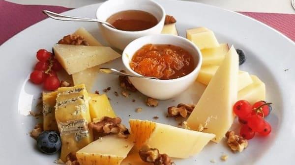 Lo Chef Consiglia - Soave Relais Castelcerino, Castelcerino