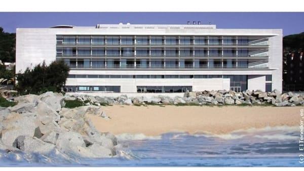 Vista de la fachada del hotel - María Galante - Hotel Balneario Colón, Caldes D Estrac