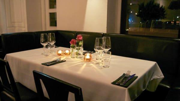 Dining room detail - Chez Amis, Göteborg