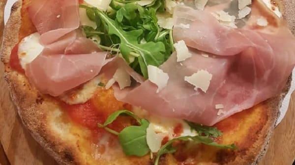 Lo Chef Consiglia - Pizzeria & Pinseria - Sapori d'Italia 2, Savona