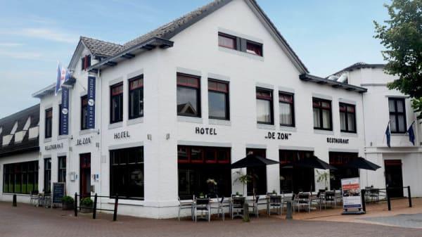 Ingang - Fletcher Hotel-Restaurant De Zon, Oosterwolde