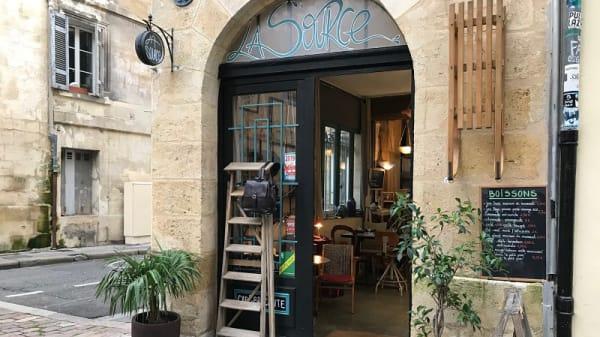 Entrée - La Source, Bordeaux