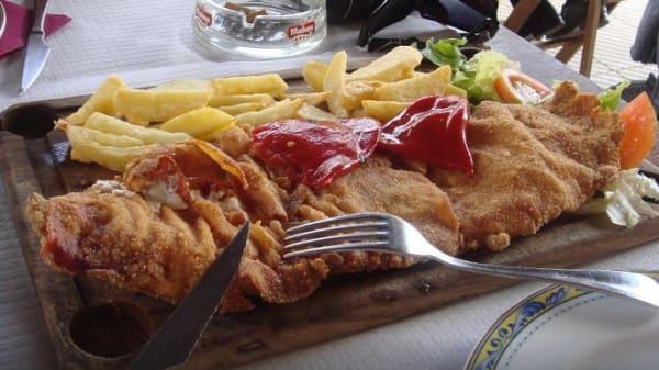 Restaurante - Sidrería Casa Angelón, Nava