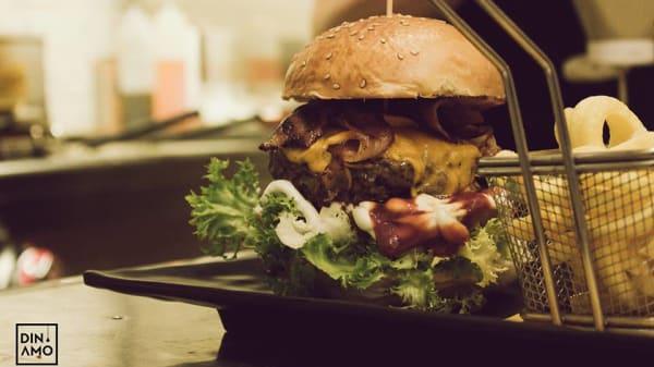 Classic Burger - Dinamo, Taranto