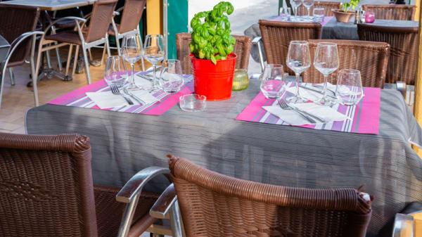 Vue de la salle - Restaurant des Tennis, Levens