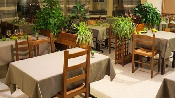 Vue de la salle - Chez Jacqueline, Savigny-sur-Orge