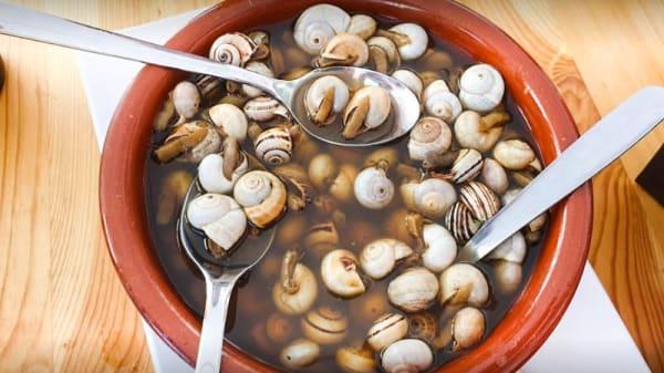 Restaurante Er Var En Sevilla Alameda De Hércules San Vicente Menú Opiniones Precios Y Reserva