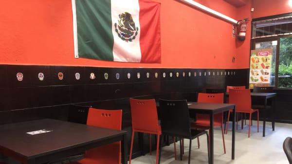 Vista del interior - Taquería El Michoacano, Móstoles