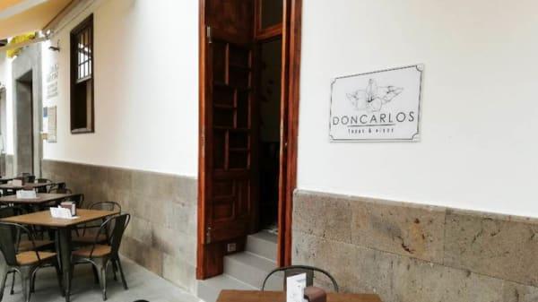 Entrada - Don Carlos Tapas y Vinos, Puerto De La Cruz