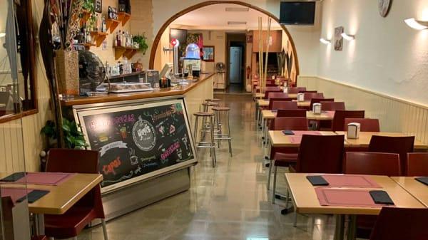 Sala del restaurante - Yoyi's burger bar, Castellbisbal