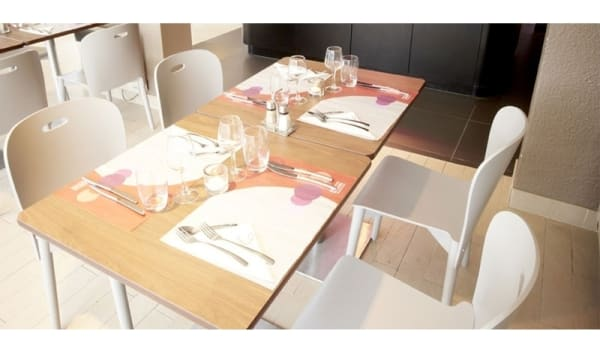 Table dressée - Campanile Châteauroux - Saint Maur, Saint-Maur