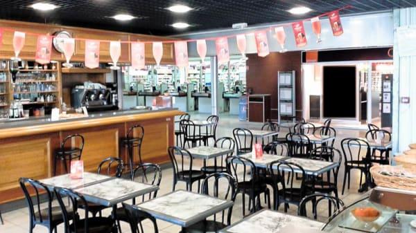 Vue salle - Brasserie le Central, Le Pian-Médoc