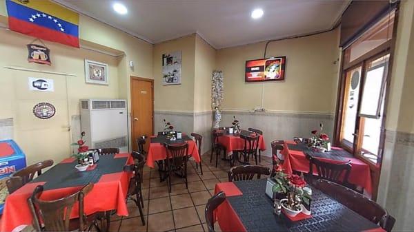 Visa sala - Luijo's Bar, Madrid