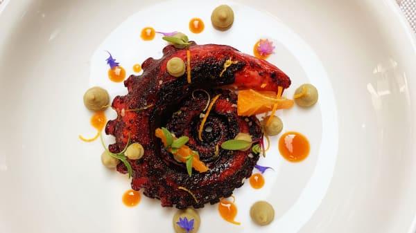 . - The Singular Restaurant, Santiago