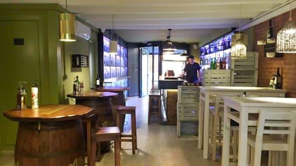 Vista sala - Vermutería Masnou, Barcelona