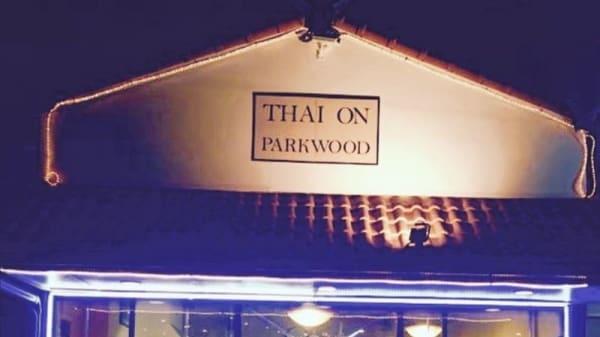Thai on Parkwood, Parkwood