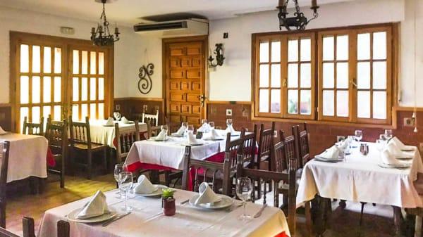 Vista de la sala - Restaurante Asador Casa Paco, Sepulveda