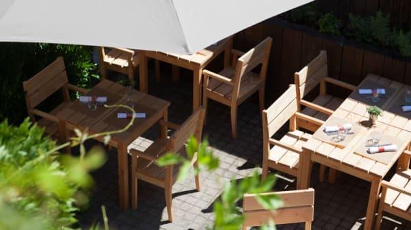 Tables jardin d'été - Caveau Morakopf