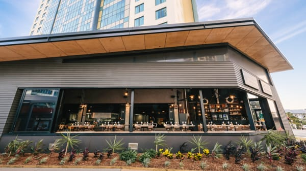Clifford's Grill & Lounge exterior - Clifford's Grill & Lounge, Surfers Paradise (QLD)