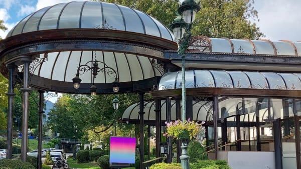 Entrée Casino - Le Magic - Casino Divonne les Bains, Divonne-les-Bains