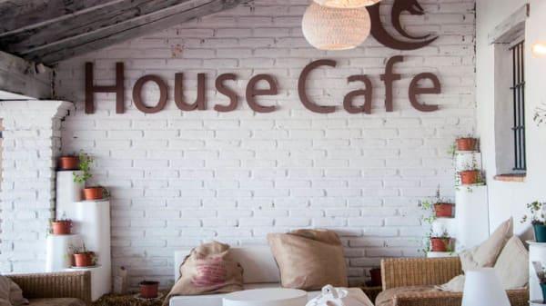 Vista del interior - House Café Sierra Nevada, Pinos Genil