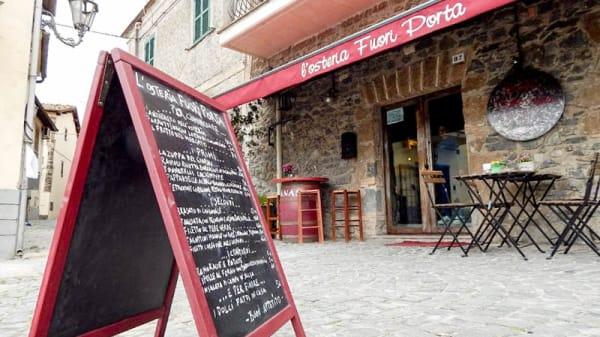 Esterno - L'Osteria Fuori Porta, Trevignano Romano