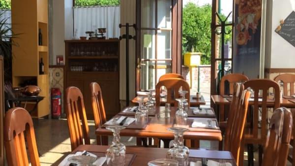 Salle du restaurant - Au Petit Chalet, Colombes
