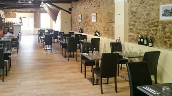Salle la table provençale - La Table Provençale, Peyrolles-en-Provence