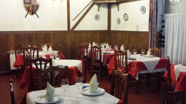 Vista sala - Cafeteria Conde Garay, Carrion De Los Condes
