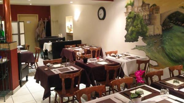 Salle du restaurant - La Bonne Table- au pays Natal, Belfort