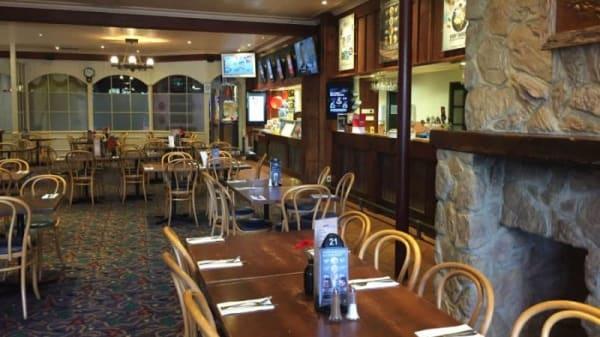 Westmeadows Tavern, Westmeadows (VIC)