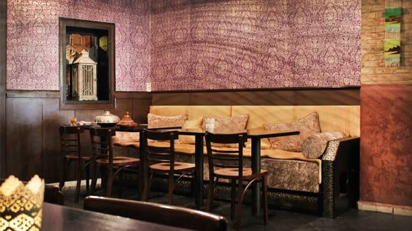 vista interior - Habibi Café, Barcelona