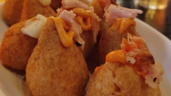 O Beco Torto, Santo André
