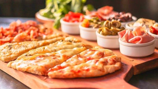 Pizza - Almacén de Pizzas (La Barra), El Tesoro