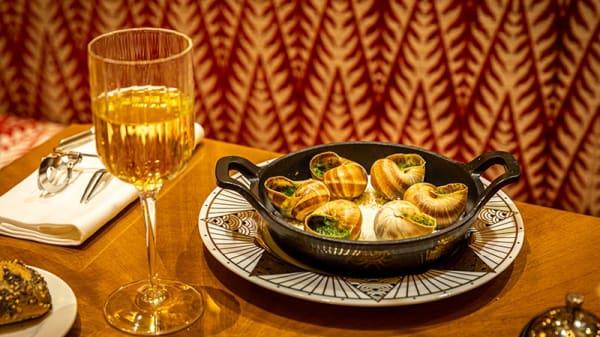 Escargots - Boeuf sur le Toit, Paris