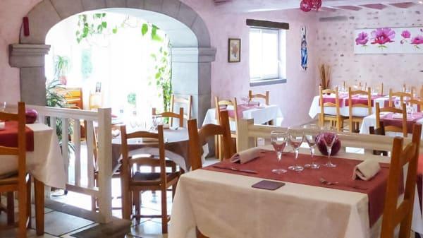 Salle du restaurant - L'Auberge des Roses, Monein
