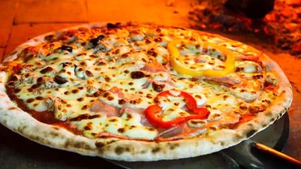 Pizza forno a legna - Ristorante Pizzeria Birreria del Corso, Pescara