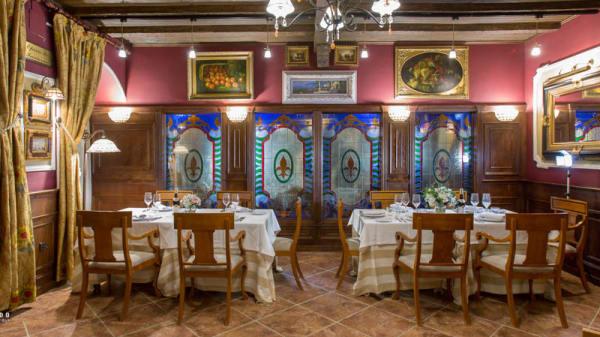 Vista de la sala - Restaurante Época, Museros