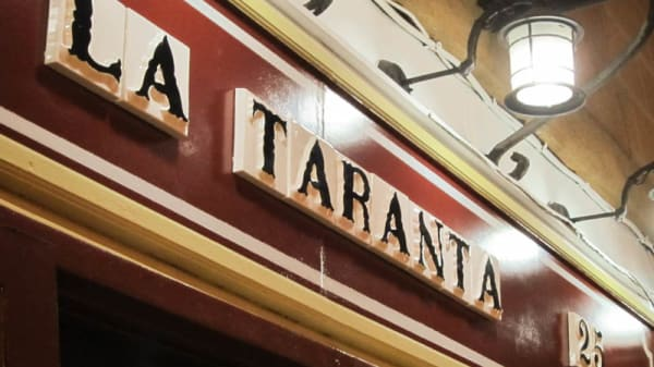 Fachada - La Taranta, Madrid