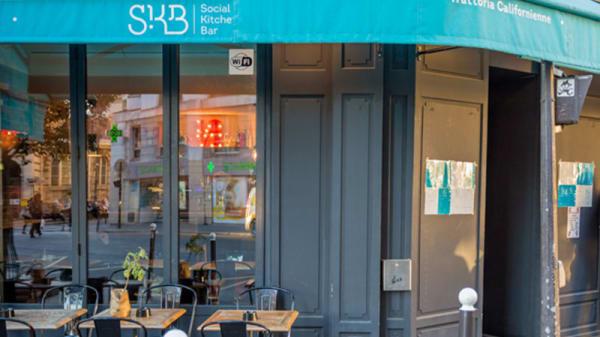 Devanture - SKB -Social Kitchen Bar, Paris