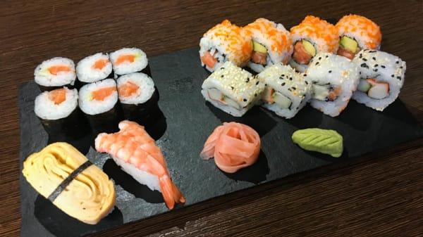Sushi - 4 Naciones, Linares
