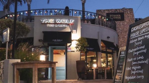 The Wolf Bar & Grill, Carvoeiro