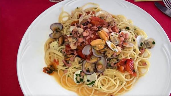 Spaghetti ai frutti di mare - Casa Rossa Vesuvio, Ercolano