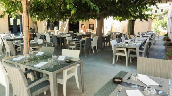 Terrasse - Morganti, Ogliastro